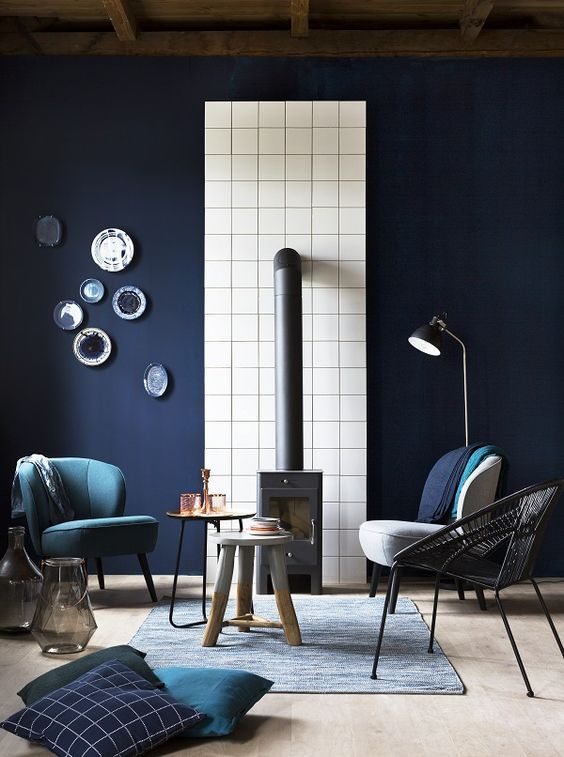 Spring Interiors Trend #4 - Blue. The blue trend shows no sign of fading, although 2017's Spring blues are more muted and de-saturated than last season's intense shades. Check out our range of blue designer wallpapers to pick a pattern that inspires.