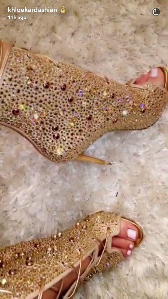 Khloé Kardashian Shows Off Her Pre-Christmas Gift Haul from Kris Jenner, JLo and Chrissy Teigen