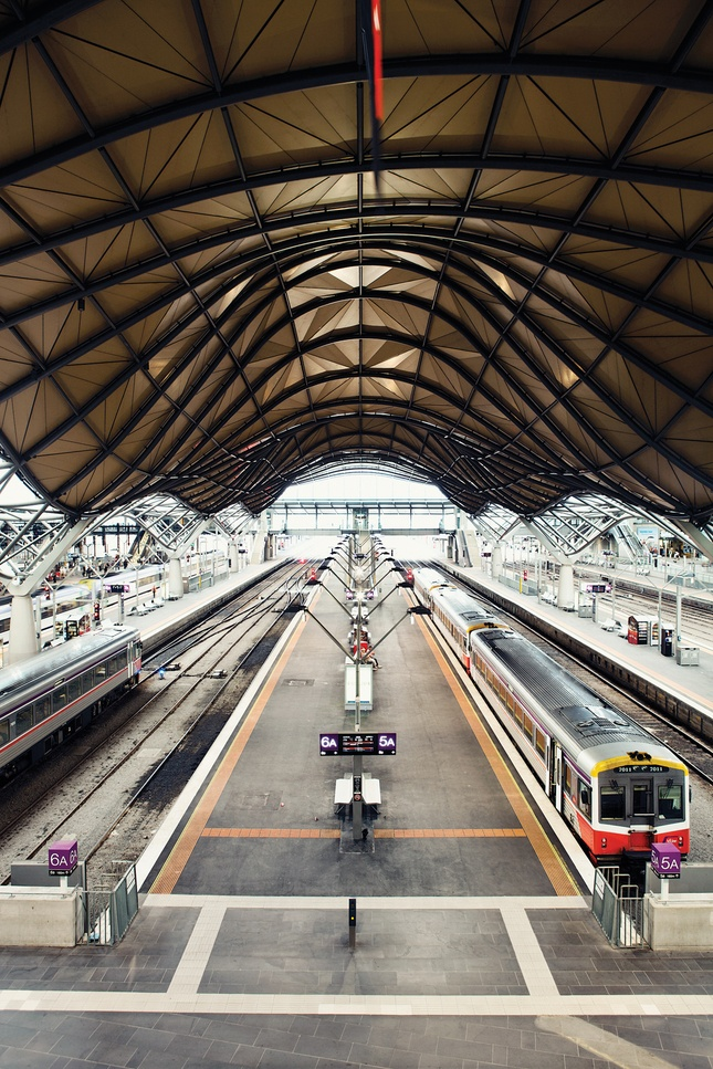 how to work on train tracks melbourne