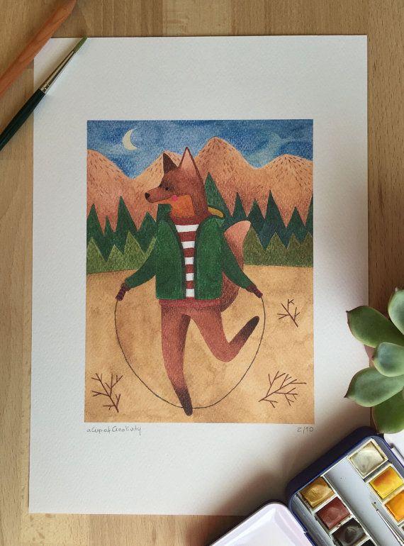 Questa è una stampa di un dipinto ad acquerello di una volpe che salta la corda nel bosco, può essere utilizzata come decorazione in tema