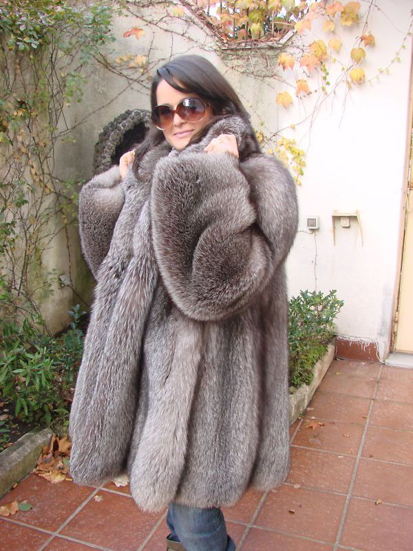 coats bbw personals Watch bbw in fur coat - 12 pics at xhamstercom xhamster is the best porn site to get free porn pictures.