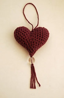 Crocheted Heart Pattern by Woolly Chic.