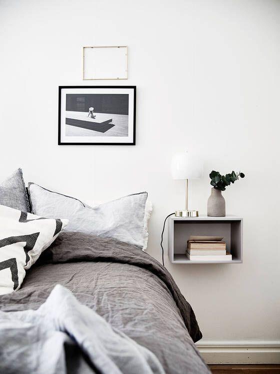 Slaapkamer Inspiratie Zwart Wit : Floating Wall Mounted Nightstands
