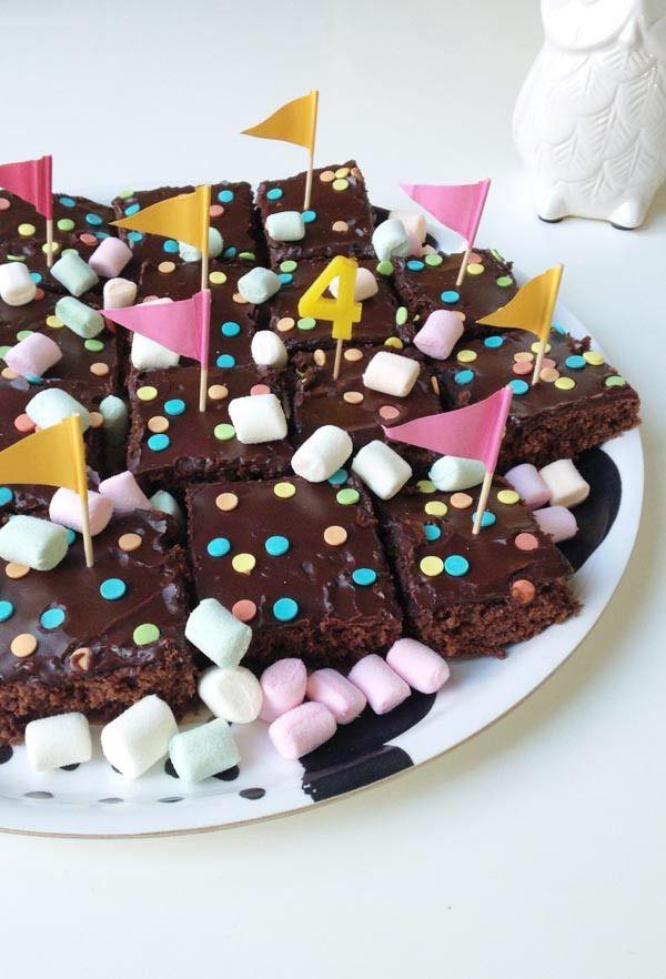 Lastenjuhlat / syntymäpäivät osa 2. - Pics, dots and stripes | Divaaniblogit