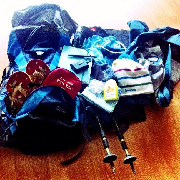 Ich packe in meinen Rucksack... way to go, finally!