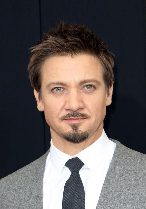 Jeremy Renner & Sonni Pacheco's Divorce Goes from Nasty to Scary, According to New Report