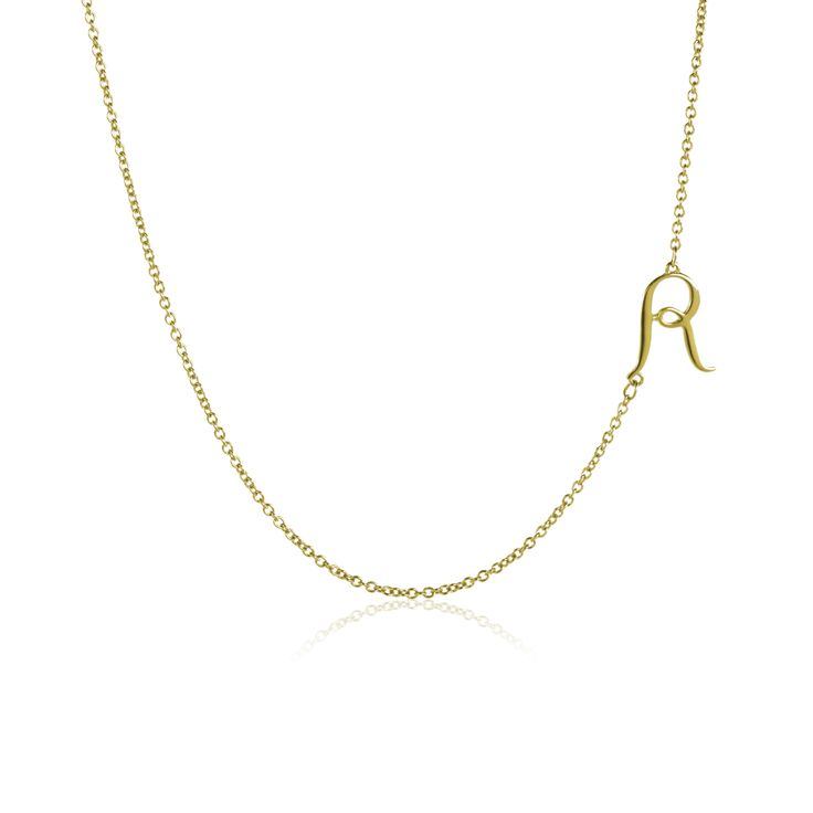 Love this simple and sweet initial necklace from #pinkpeoniescollection. I can't wait to get this!