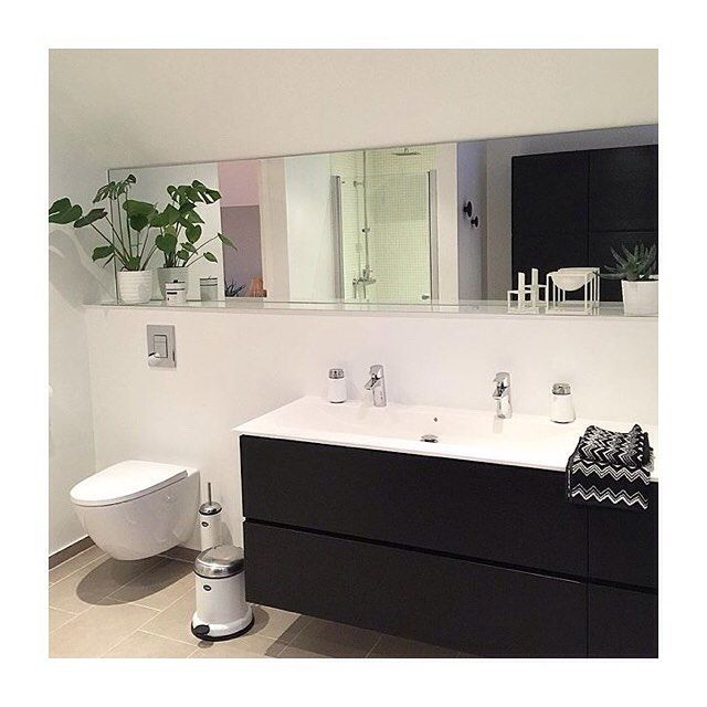 Beautiful black and white bathroom ❤️ Cred: @annhelendavik #kvikkitchen #kvik…