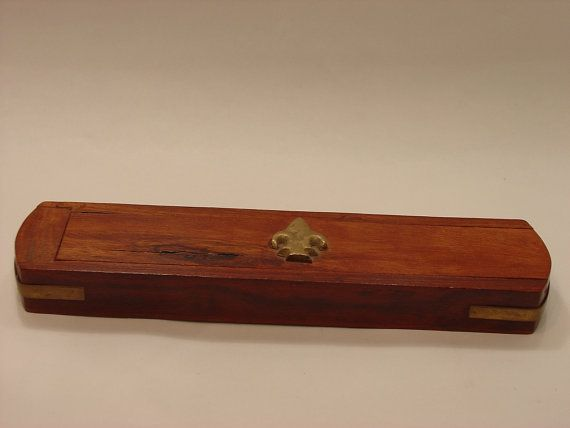 Vintage wood incense box with Fleur de Lis made by myitaliandreams