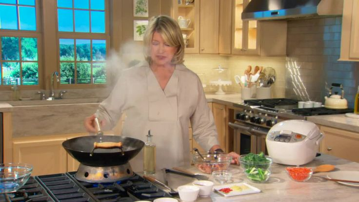 Cooking School / How to Stir FryIdeas, Stir Fries, Fries Videos, Martha Stewart, How To Stir Fry, Stir Fry'S Mi