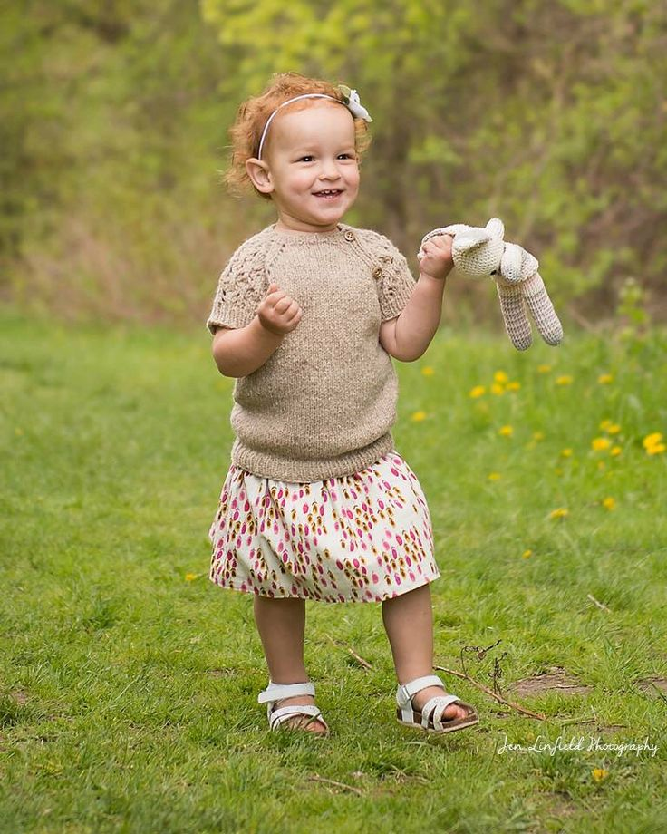 Sweater, Toddler Girls, Hand Knit, Oatmeal, Tweed, Lace Sleeves by nuhnhandmade on Etsy https://www.etsy.com/ca/listing/270648616/sweater-toddler-girls-hand-knit-oatmeal