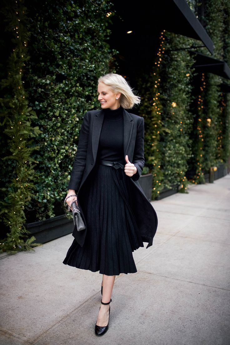 310a166c2610 sharp shoulders and pleated skirts | Black is the New Black | Midi ...