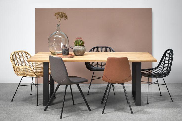 We hebben heel veel nieuwe stoelen in ons assortiment! #stoelen #eetkamer #woonkamer #stoel #voorjaar #kwantum #interieur #meubelen #inspiratie