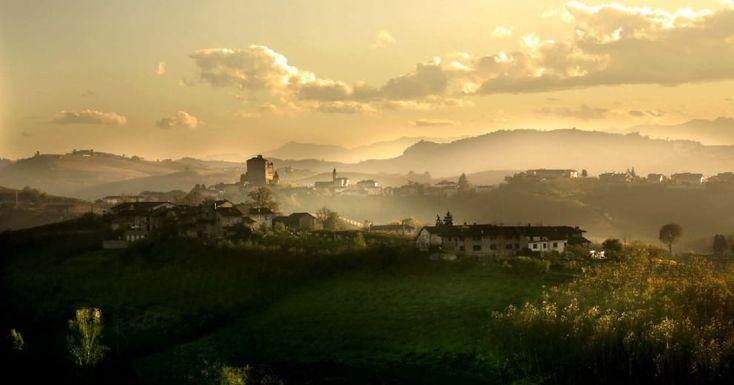 """Si intitola """"I paesaggi del vino e dei cielo"""" il nuovo libro firmato da Bruno Murialdo, fotografo albese. Eccone alcune immagini"""