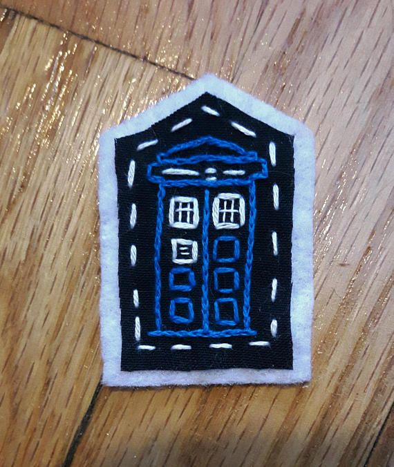 Hand embroidered patch. Tardis merit badge. Doctor Who embroidery. Punk patches. Sew on patches for jackets. Nerd patch. Dr Who cross stitch