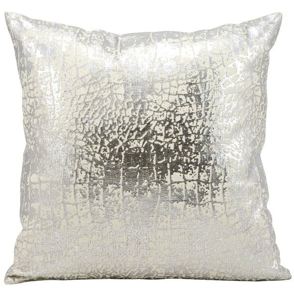 Stylist S Tip Metallic Pillows Are Both Sassy And Sophisticated And Seamlessly Blend With An Array Silver Throw Pillows Silver Pillows Metallic Throw Pillow