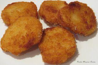 INGREDIENTES: Para los nuggets: 1 diente de ajo 400 gr. de carne de pollo troceada Sal y pimienta al gusto 50 gr. de miga de pa...