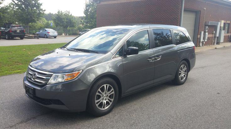 2012 Honda Odyssey EX-L van, 21,000 miles. Off-lease unit...