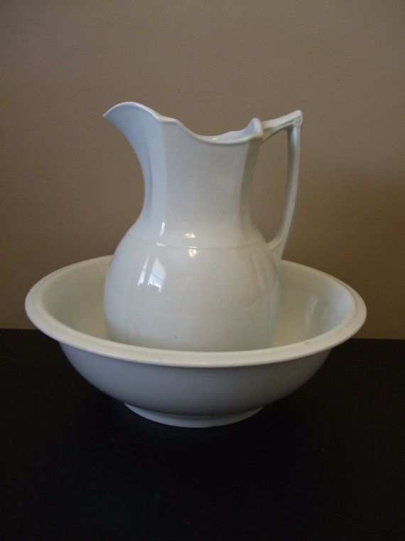 White Royal Ironstone pitcher and wash basin Alfred Meakin ...