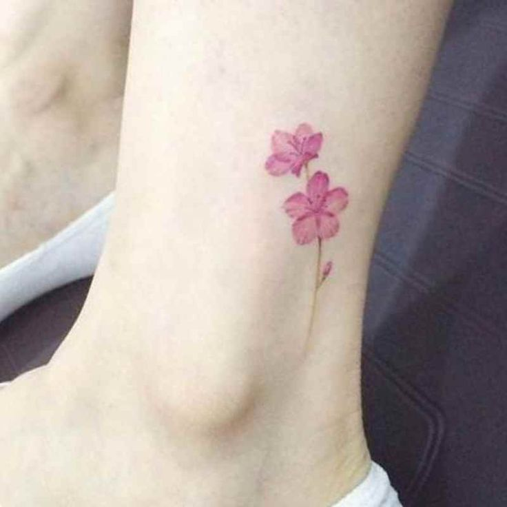 Small Flower Tattoos: Best 10+ Small Flower Tattoos Ideas On Pinterest