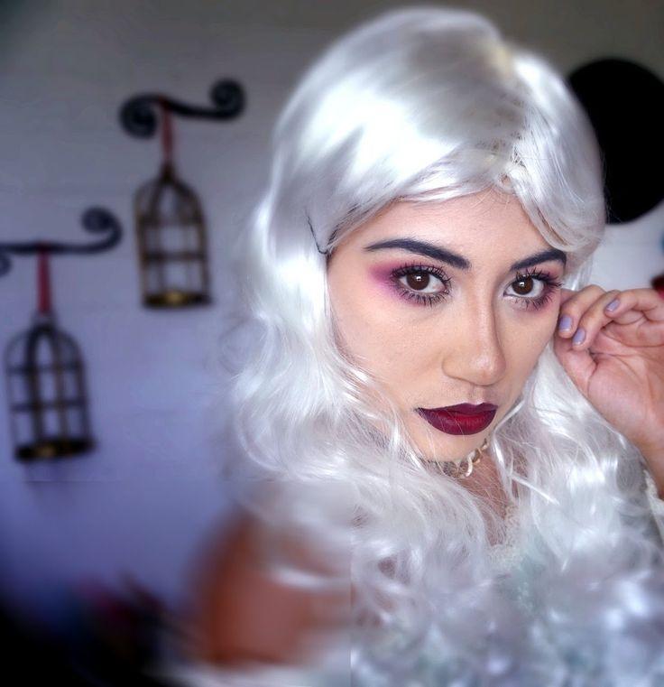 reina blanca , maquillaje de halloween , alicia atravez del espejo...