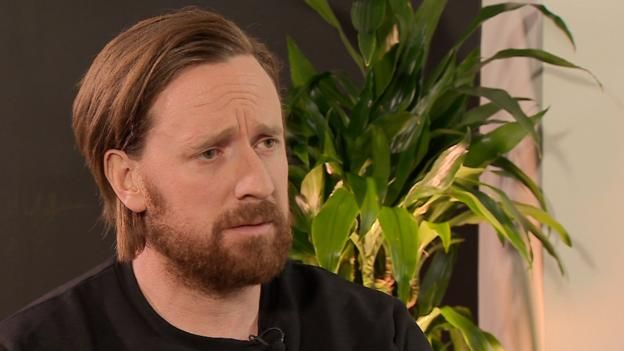Sir Bradley Wiggins says he '100% did not cheat' after damning MPs' report - BBC Sport