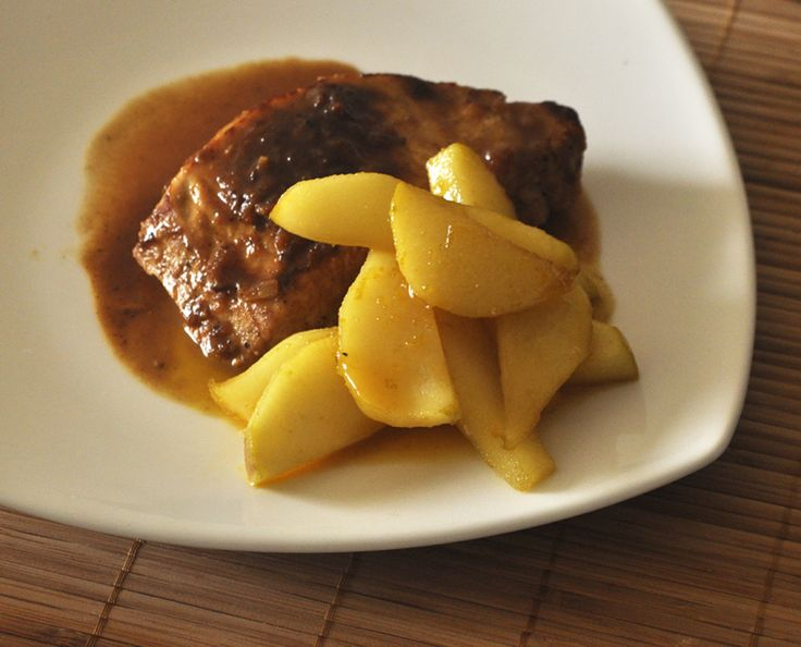 Pork chop with pear sauce, it's sweet, it's salty, it's juicy... it's scrumptious! Flavour hunt it! #flavourhunting #pork #pears #fruit #sweet #salty