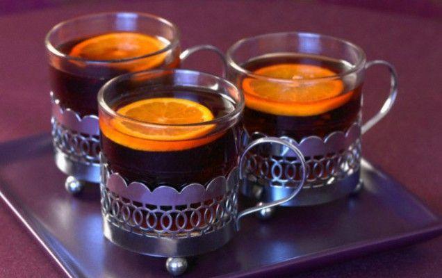 Ζεστό κρασί, με μπαχαρικά, πορτοκάλι και μέλι - iCookGreek