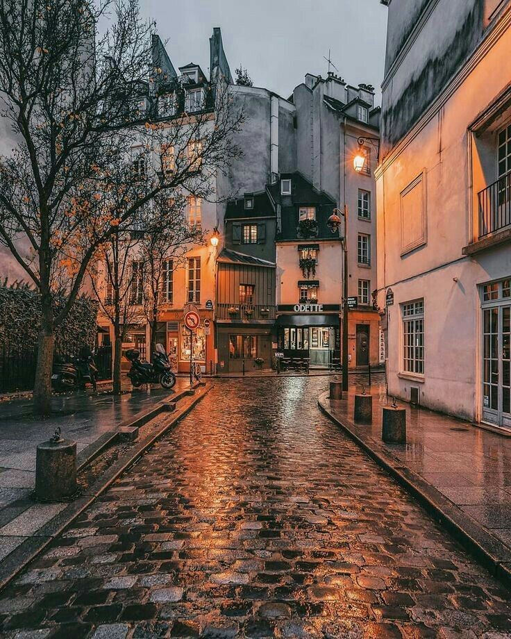 Pin By Jennifer On Wallpaper City Aesthetic Travel Aesthetic Aesthetic Pictures
