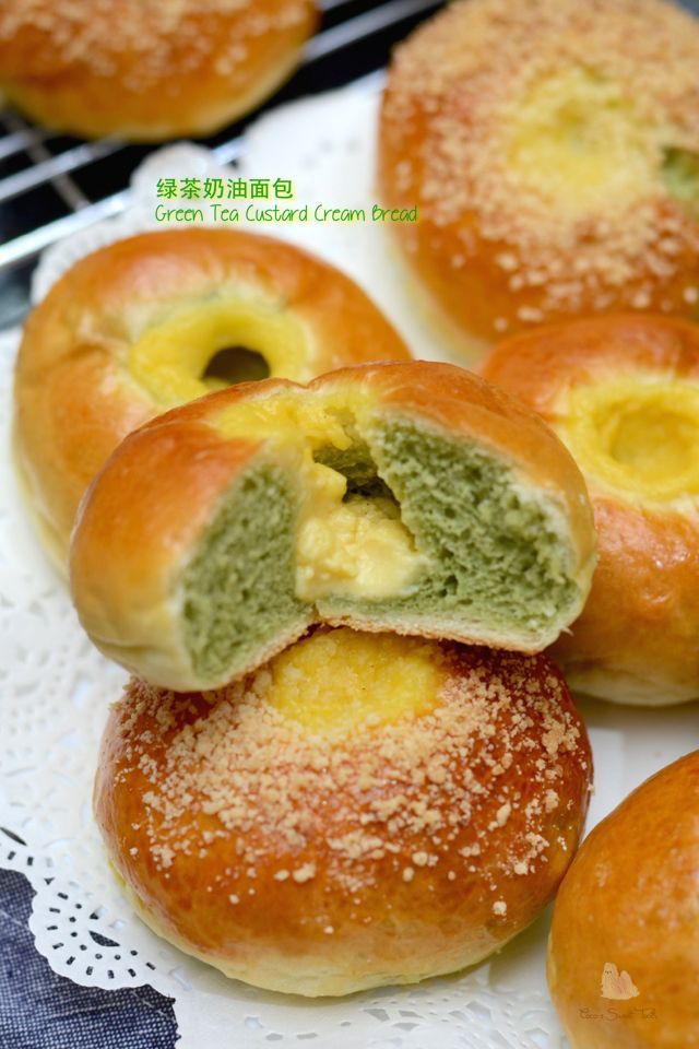 For the matcha enthusiasts, here is one soft and fluffy bread recipe which I recently adapted from several bread recipes to come up wit...