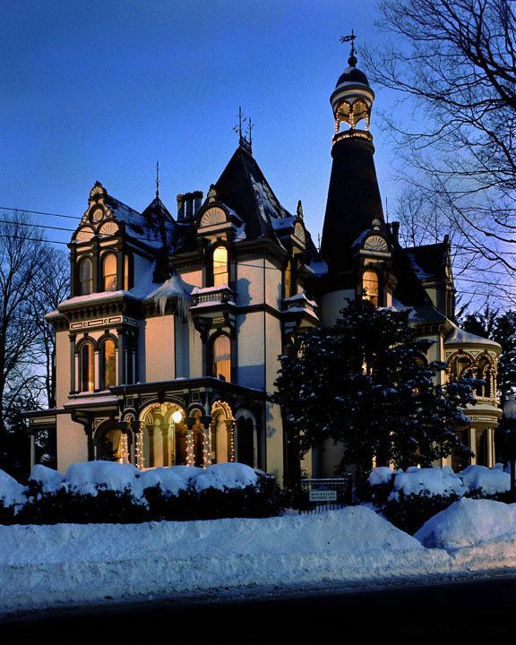 Best 25 saratoga springs new york ideas on pinterest for Where to stay in saratoga springs ny