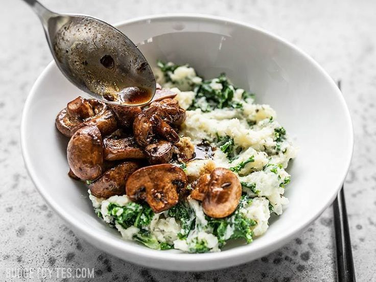 Balsamic Roasted Mushrooms with Kale Herby Mashed Potatoes – Delicious Meals – #B …   – Mushroom recipes sauteed