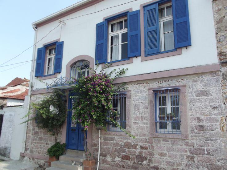 Ayvalığın güzel evleri, old greek houses in Ayvalık