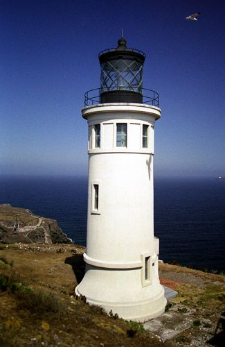 Anacapa Island is actually a chain of three small islands, located twelve miles off the California coast and linked together by reefs that are visible only at low tide.