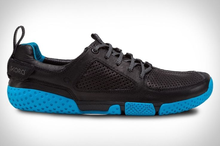 Skora Form Running Shoes