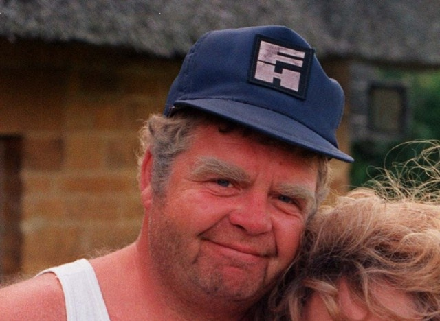 Geoffrey Hughes Dead: Actor Who Played Onslow, Twiggy In Royle Family And Eddie Yates In Coronation Street Dies. (7-27-2012)