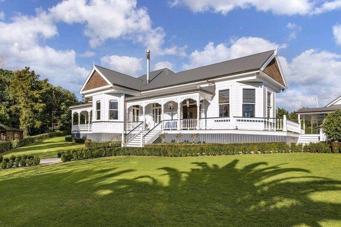New Zealand Villa | Drury Hills Road