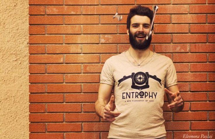 T-shirt #entrophymotorbike #caferacer