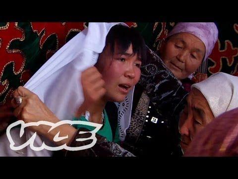 キルギスタンの誘拐婚 - Bride Kidnapping in Kyrgyzstan - YouTube http://tabi-labo.com/10078/kidnapmarriage/