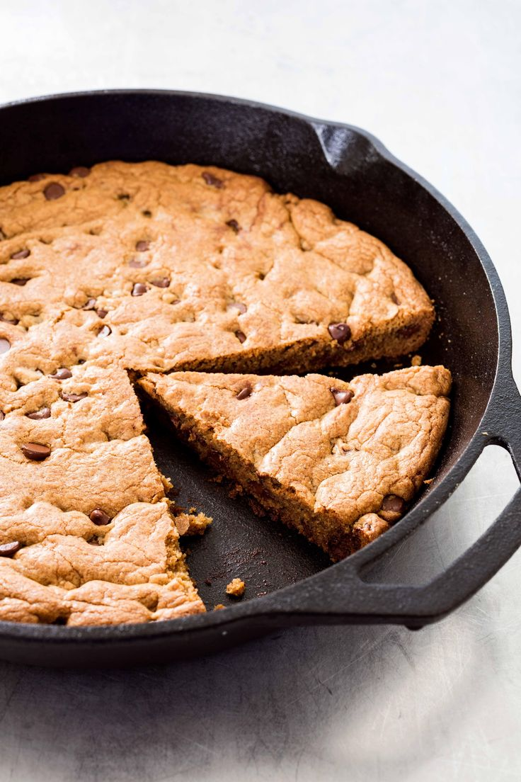 Cast Iron Cooking Tips from Lisa McManus of America's Test Kitchen - Cast Iron Chocolate Chip Cookie