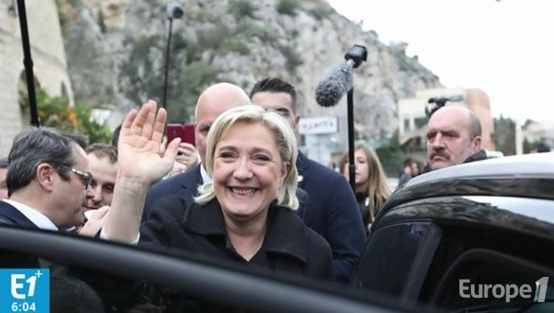 En déplacement dans le sud de la France, la candidate frontiste a fait le lien entre libre-circulation et menace terroriste.