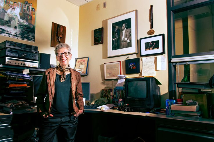 "Terry Gross and the Art of Opening Up. The ""Fresh Air"" host's 40-year, 13,000 interview master class in conversation - The New York Times"
