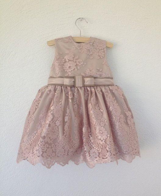 Dress Emma // Bruidsmeisje // Feestjurkje // Exclusieve jurk // Roze kant jurk op Etsy, 129,95 €