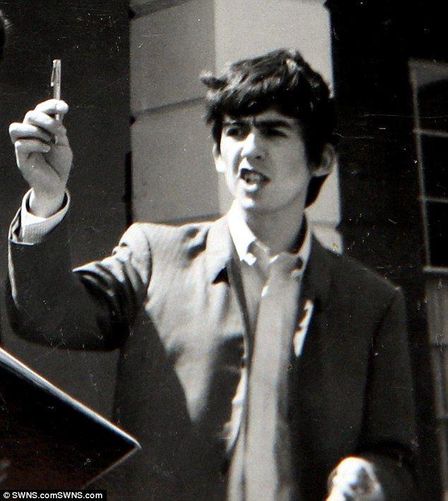 Die Besten 25 George Harrison Ideen Auf Pinterest John
