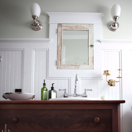 bathroom decorating ideas with board and batten