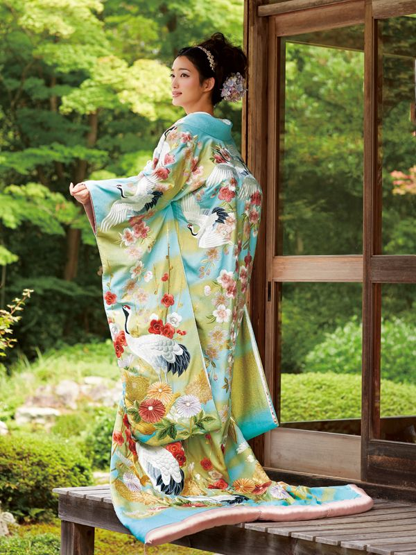 Kimono 色打掛|春霞飛翔鶴文様 U-107 ジョイフル恵利・JOYFUL ELI | 日本の結婚式ドットコム