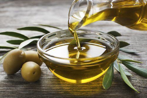 olio d'oliva per crema contro le rughe