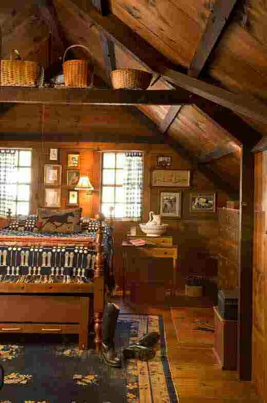 Country Look Home....the Loft Area