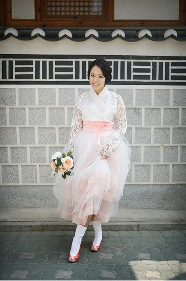 Modern bridal 한복 Hanbok / Traditional Korean dress