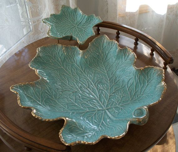 Chip and Dip Maple Leaf Aqua Vintage USA California ...